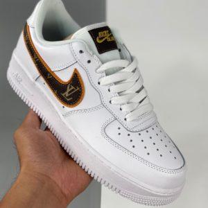 Nike Air Force 1 - Custom - Blanche et marron