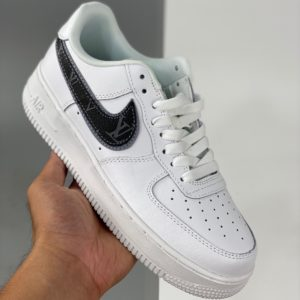 Nike Air Force 1 - Custom - Blanche et grise